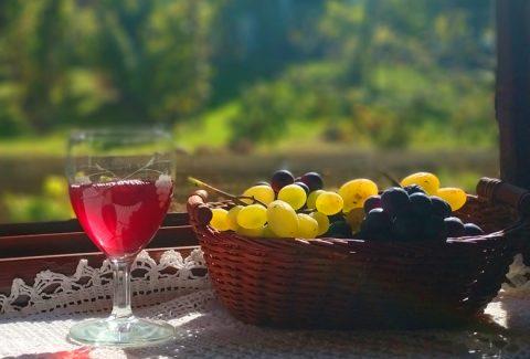 Mariniranje grozdje i vino Foto M Jablanov