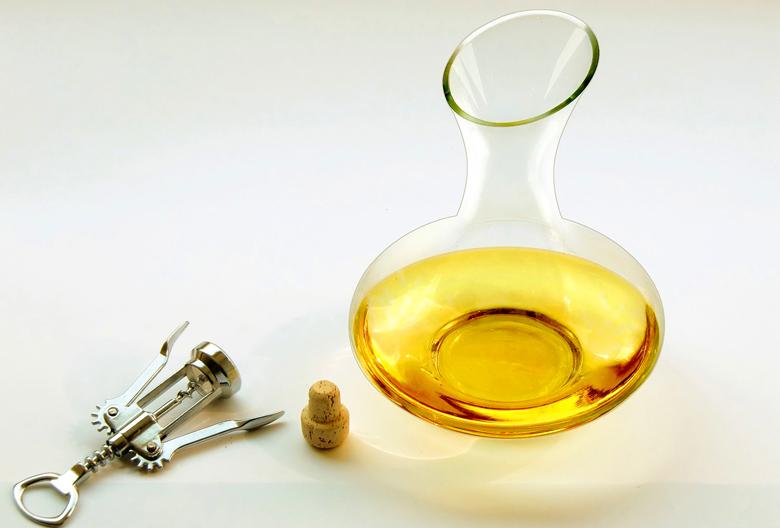 Najava Mariniranje belo vino Pixabay