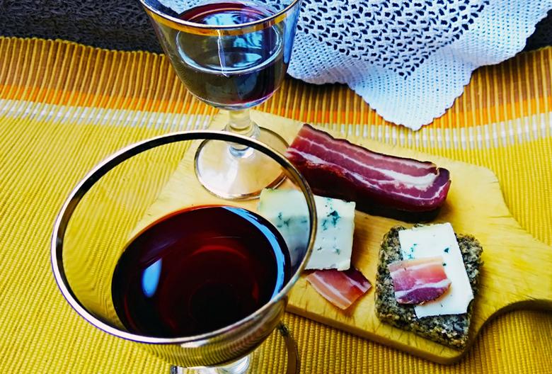 Najava Mariniranje red wine Foto M Jablanov