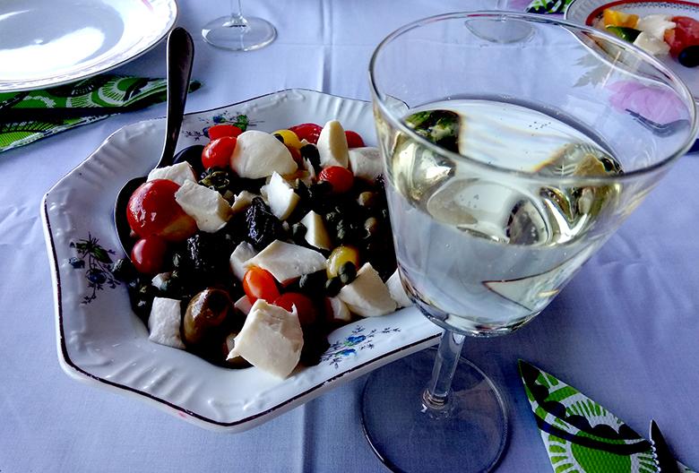 Mariniranje salat and wine Foto M Jablanov