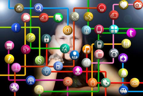 Mariniranje social networks photo 0 by Gerd Altmann on Pixabay